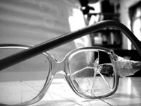 broken-glasses_menor2